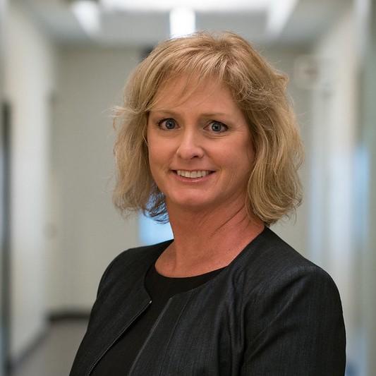 Dr. Elisabeth Krimbill head shot