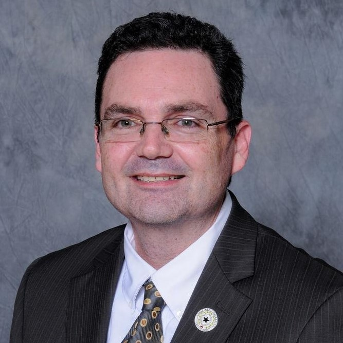Dr. W. Sean Kearney headshot